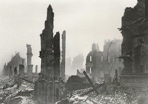 Dresden nach der Bombardierung