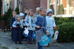 Kinder beim Martins-Umzug: Aus politischer Korrektheit umbenannt Foto: Wikimedia
