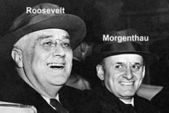 US-Präsident Roosevelt mit seinem Freund und Finanz-minister Henry Morgenthau. Morgenthau machte seinem Plan Furore, die Deutschen nach dem Krieg durch Hunger und Elend auszurotten. Roosevelt war begeistert, rückte dann aber auf Druck des echten amerikanischen Volkes formal davon ab. Aber in den ersten Jahren nach Kriegsende tobte Morgenthaus Plan, und heute wirkt das multikulturelle Element, die Deutschen mittels Ansiedlung fremder Völkerschaften zu eliminieren, unvermindert fort.