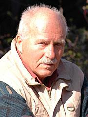 Dr. Rigolf Hennig