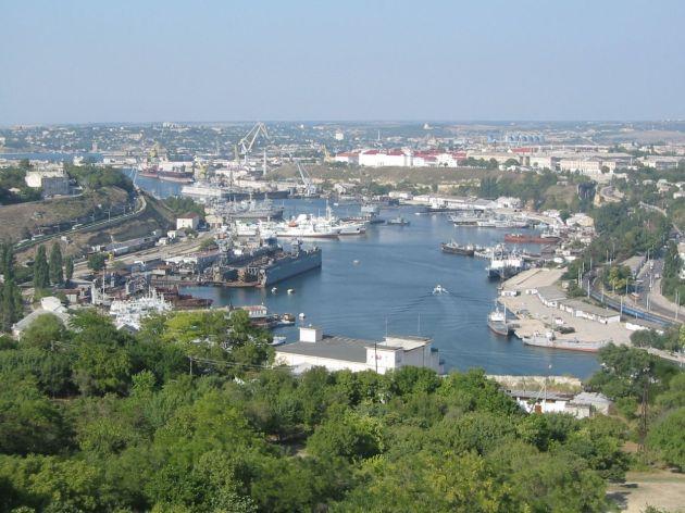 Hafen mit der russischen Schwarzmeer Flotte