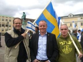 In einem Land, in dem Israel im politischen Mainstream weitgehend unbeliebt ist, lassen sich die Schwedendemokraten schlauerweise auf der Suche nach was vereinnahmen? Nach Glaubwürdigkeit?
