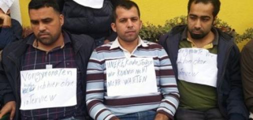 Mit einem Hungerstreik wollen 20 Asylanten in Kärnten 2.000 Euro netto Taschengeld erpressen. Foto: Privat