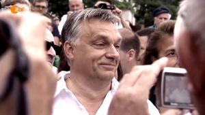 Ministerpräsident Viktor Orbán wird von den Ungarn geliebt, die Jugend steht hinter diesem Führer, weil er sie vor der tödlichen Migrations-Flut beschützt.