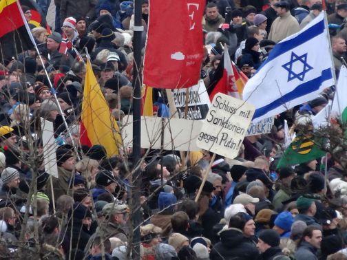 judenflagge-bei-pegida-im-januar-2015